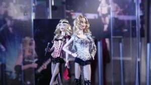 ATELIER-ABC-MANNEQUINS-_-MDOOLS-_-A-celebration-of-Madonna-Style